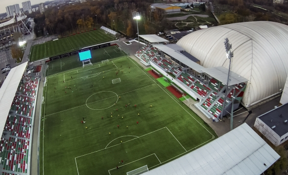 Tethered UAVs offer unlimited high quality videostreams, ideal for Live sports broadcasting.