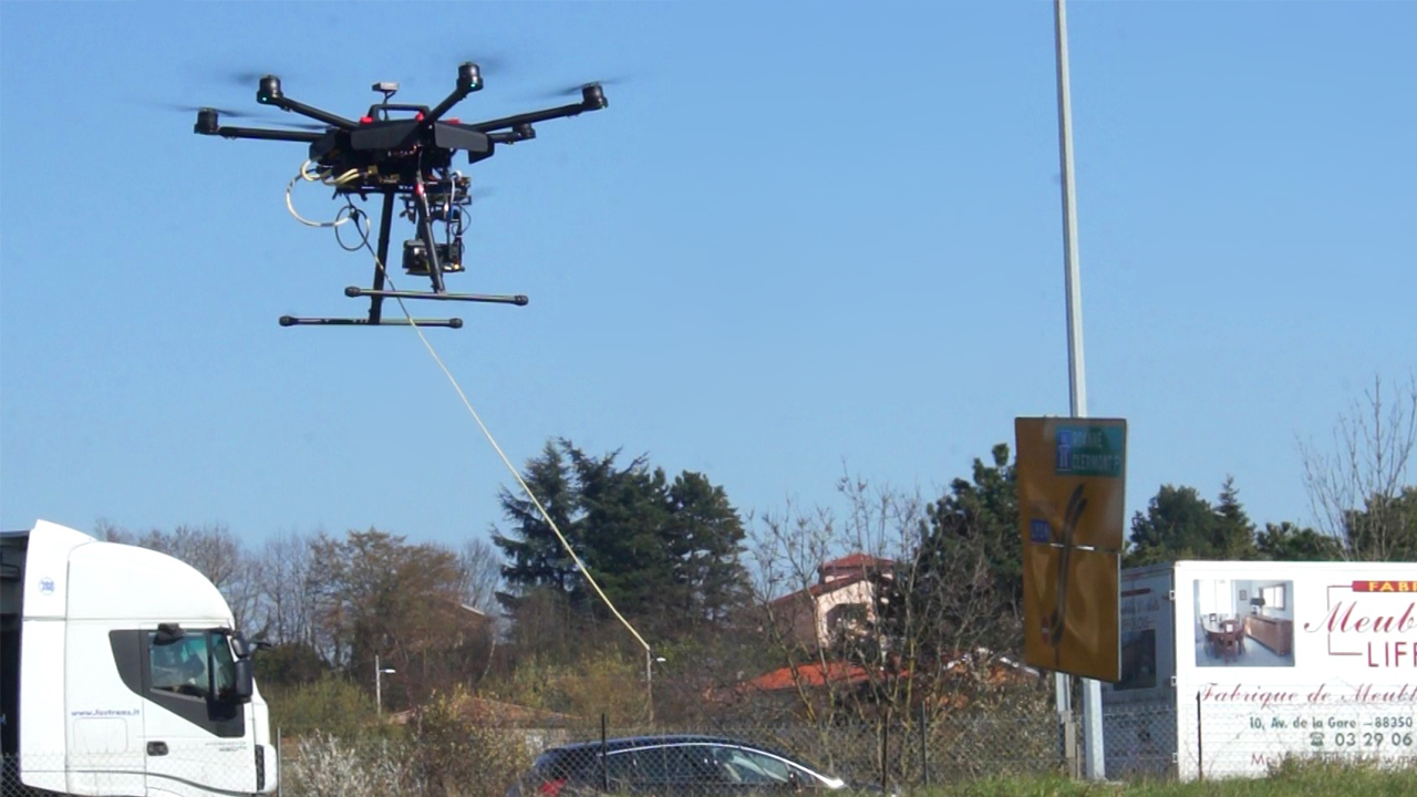 Tethered drone takeoff with Elistair Safe-T station