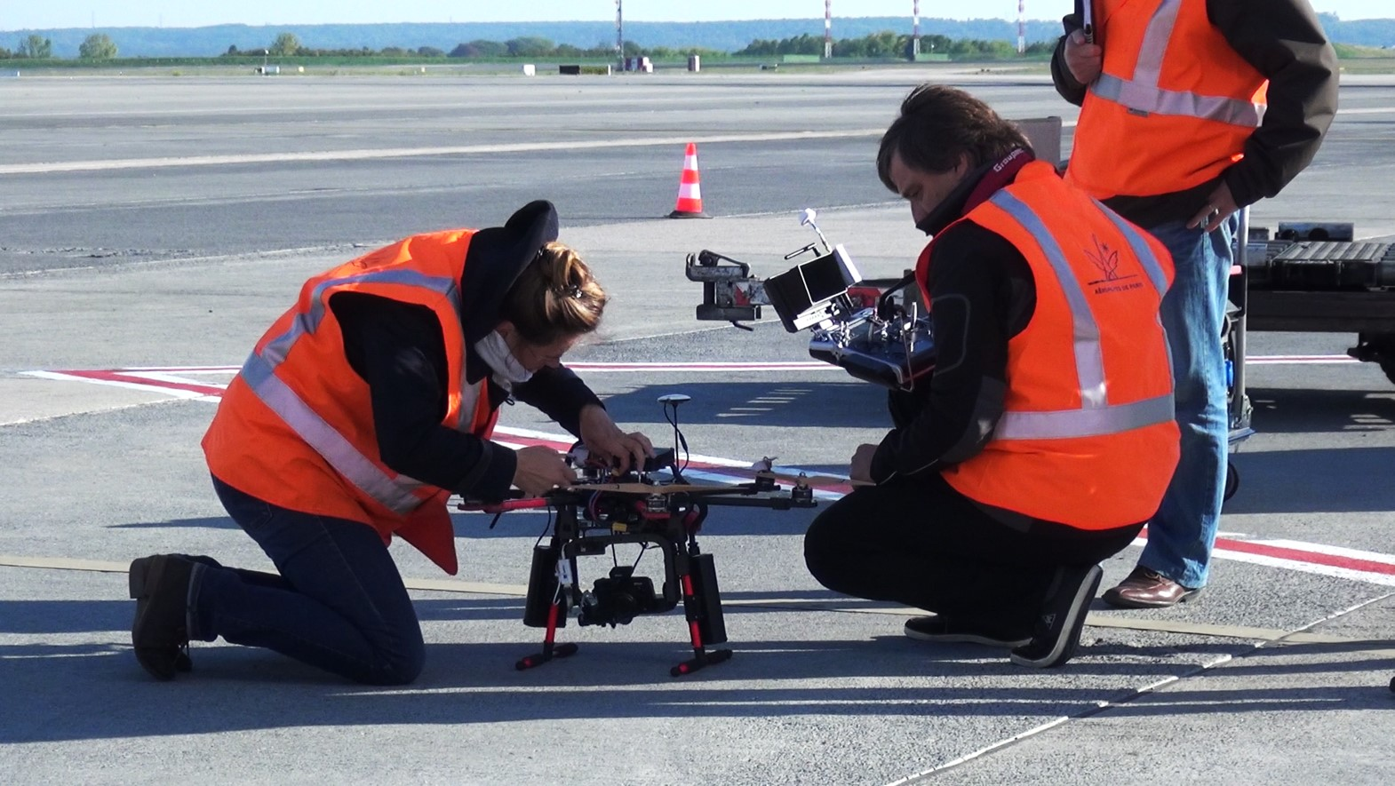 Elistair Paris Le Bourget Airport maintenance tethered drone flight with Safe-T