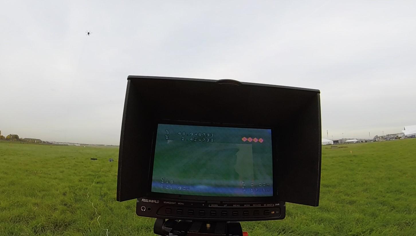drone parrot casque virtuel