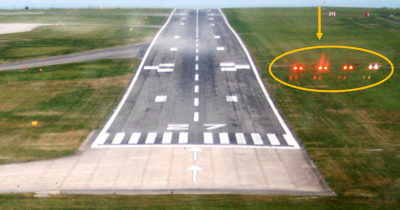 PAPI lights Jersey airport runway.jpg