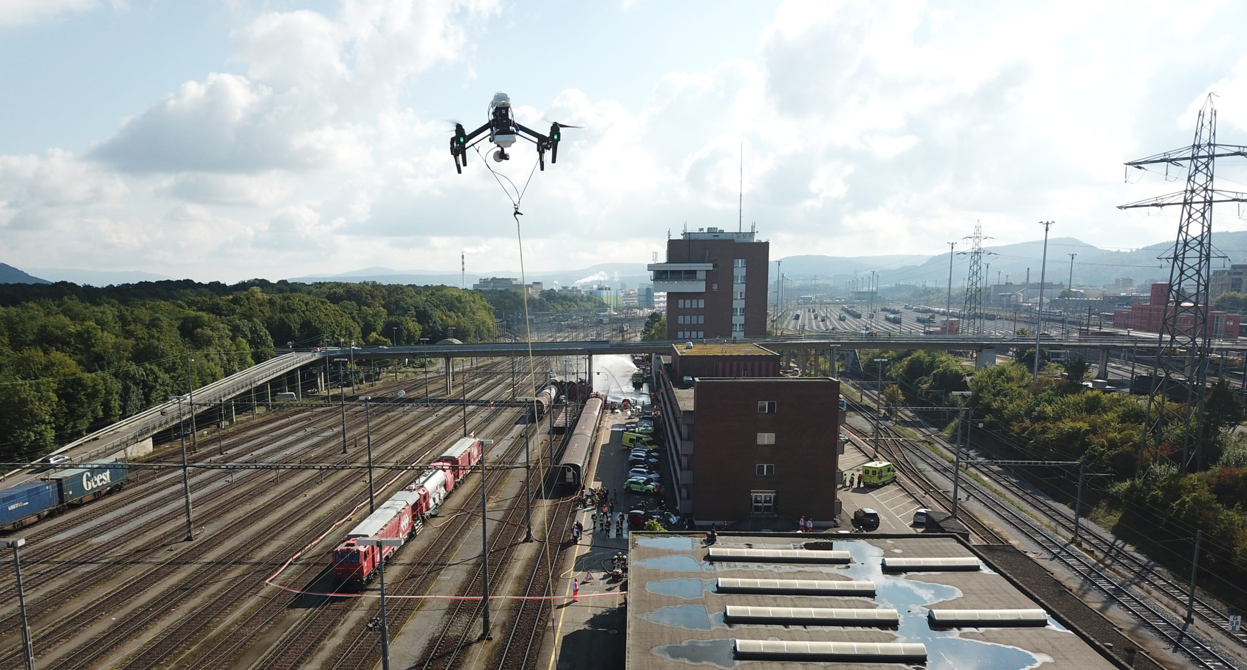 SBB & Elistair Experimented Drone Tether System to Cover Train Accident Involving Chemical Products
